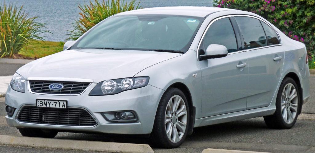 2009-2010_ford_fg_g6_limited_edition_sedan_01
