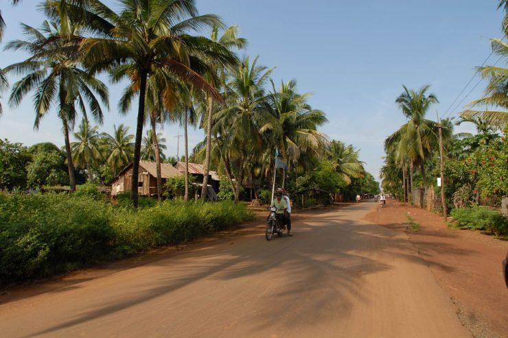 1280px-cambodia_main_road